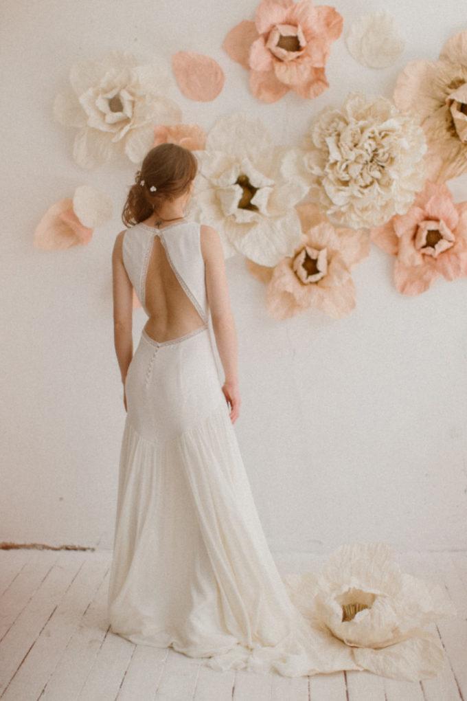 Photo de plein pied de la robe Morgane de dos
