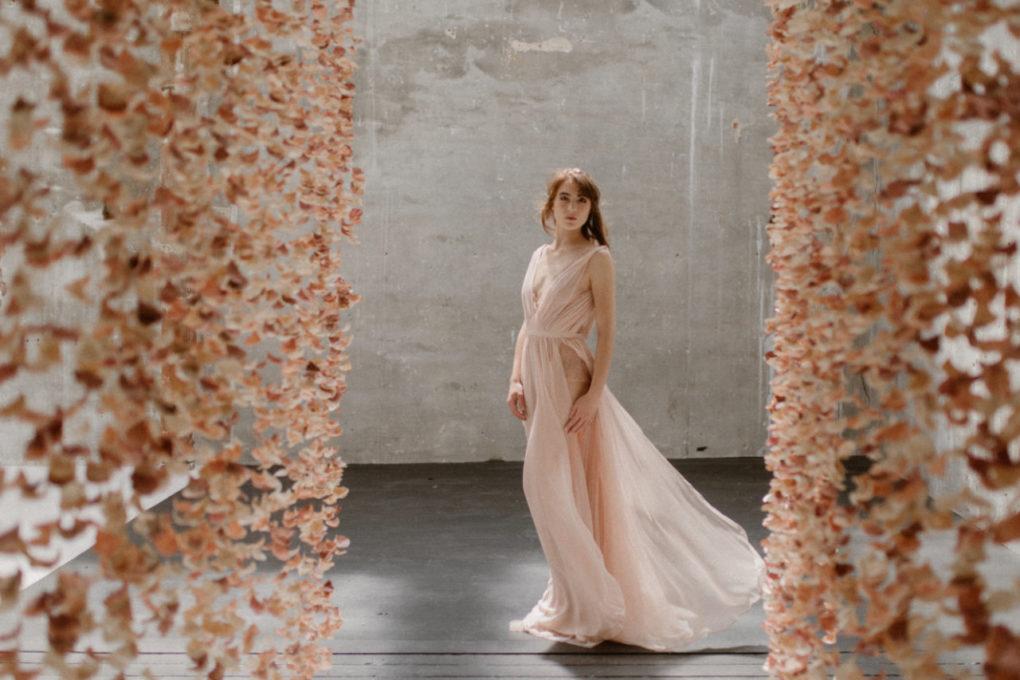 Photo de la robe Timeri de 3/4