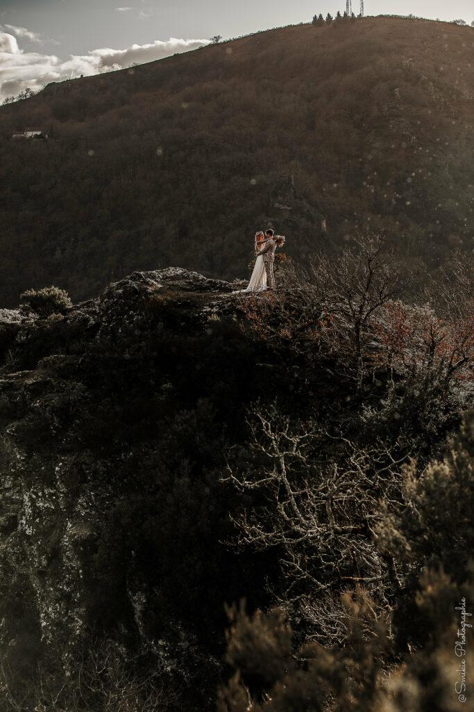 shooting inspiration mariagefolk rock robe de mariée Atelier Swan