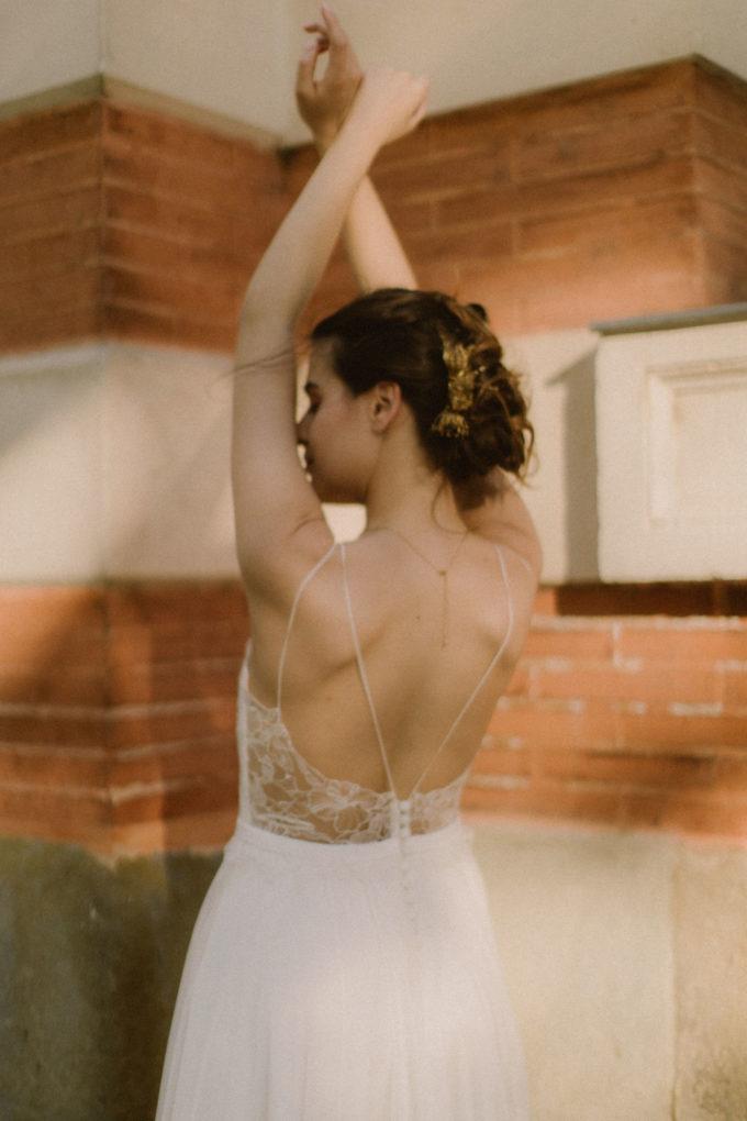 Photo du dos de la robe Laura